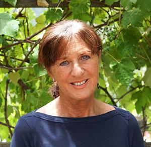 Carolyn Askar Bio Portrait